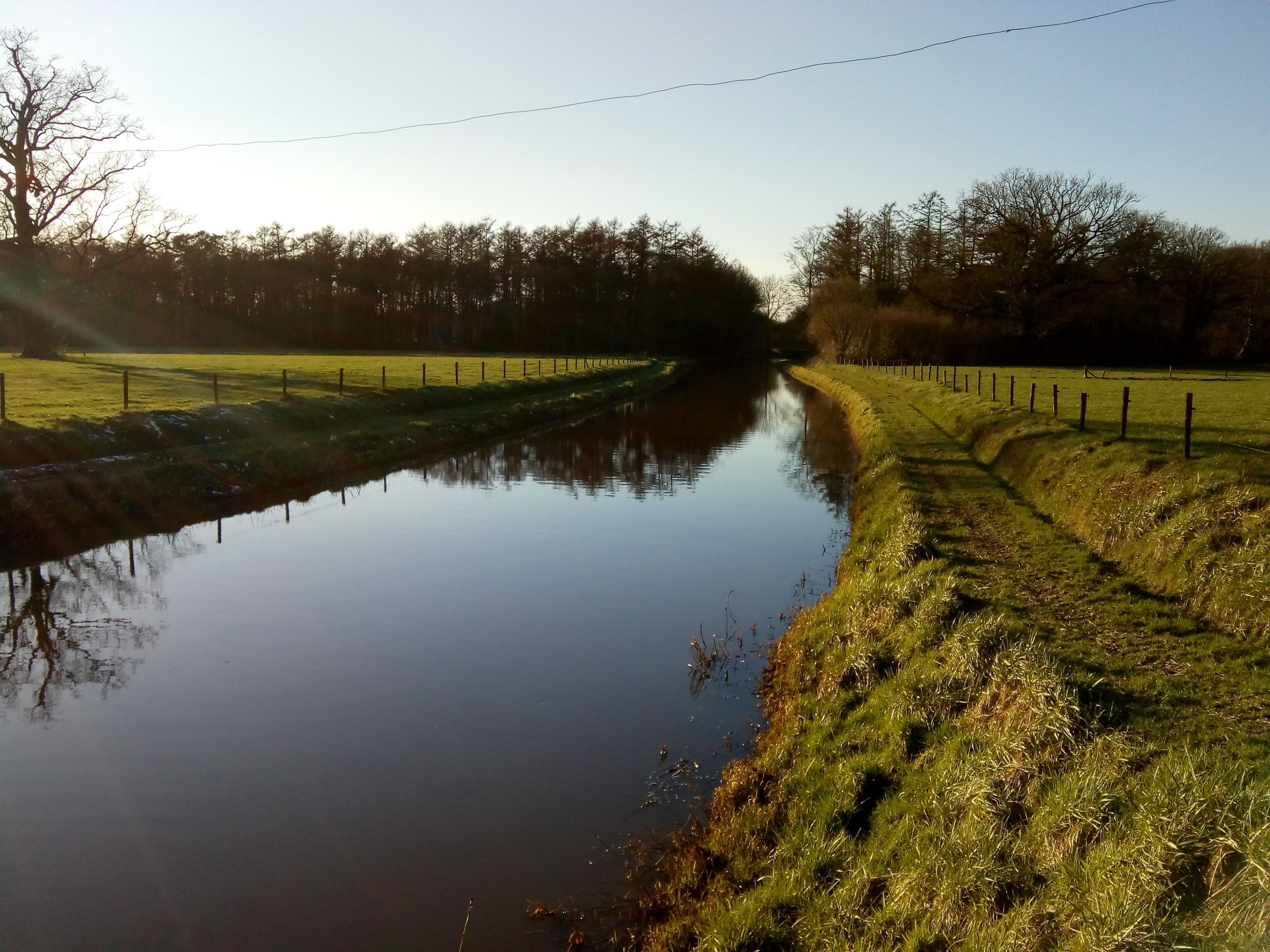 De Van Heeckerenbeek is het verbindingsstuk van de Baakse Beek en de Veengoot