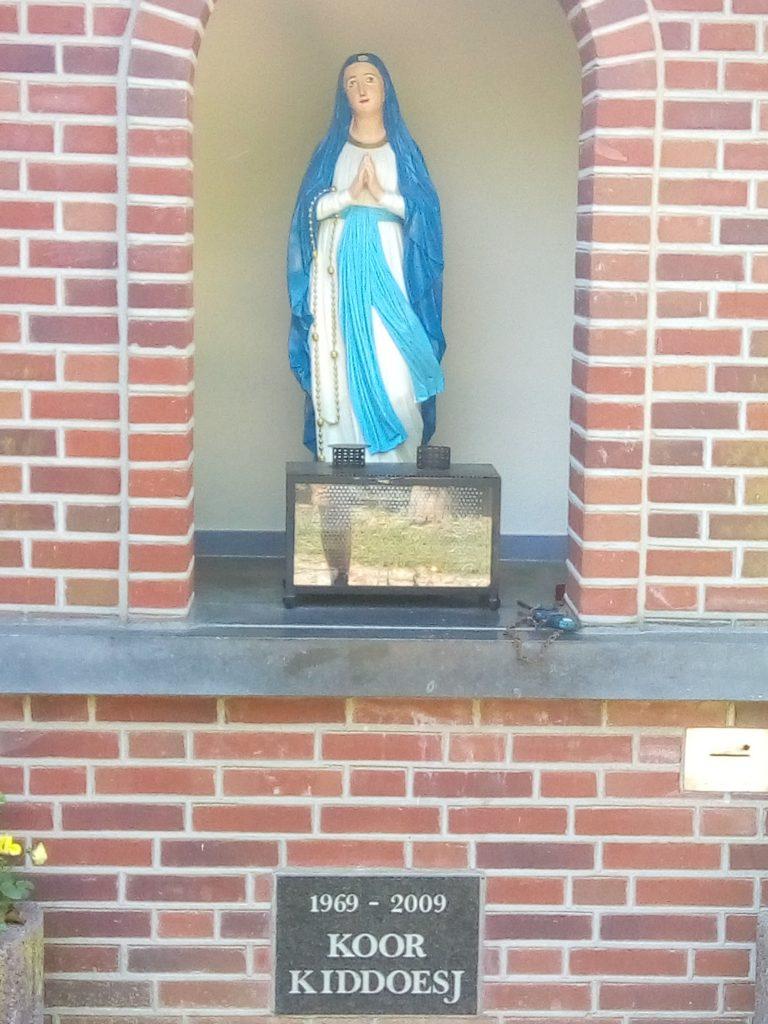 Mariabeeld, dichtbij de Damweg in Beltrum